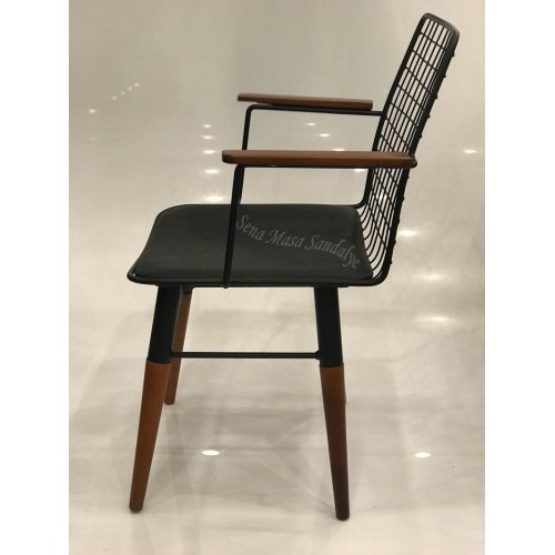 Kollu Sandalye PN01